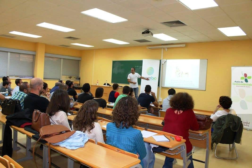 Primer curso de micología que se imparte en la Universidad de Huelva